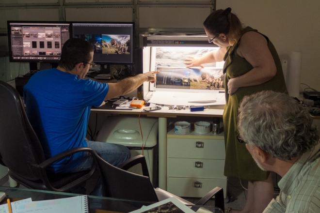 Aula de impressão fineart no estúdio André Monteiro